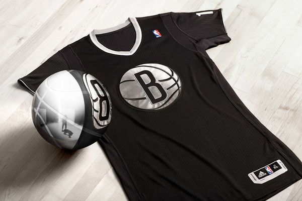 adidas-big-logo-nba-christmas-uniform-brooklyn-nets