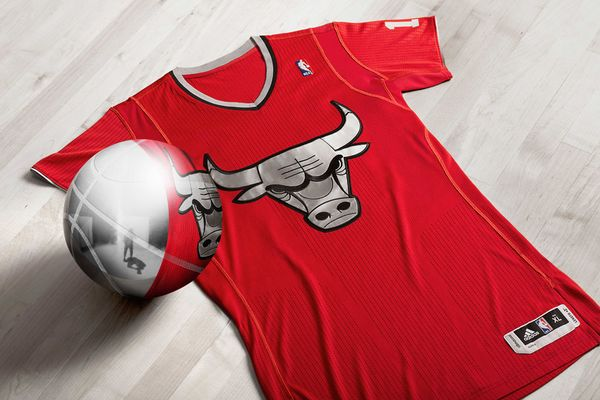 adidas-big-logo-nba-christmas-uniform-chicago-bulls