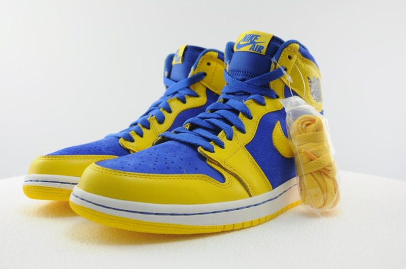 air-jordan-1-laney_02