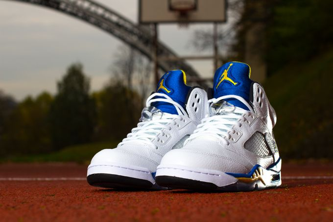 air-jordan-5-laney-retro_11