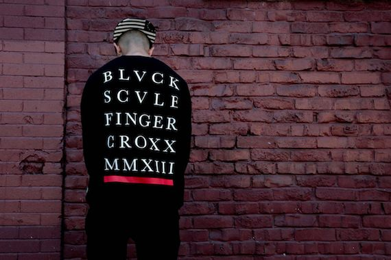 black scale-fingercroxx-fall-winter crossover _02