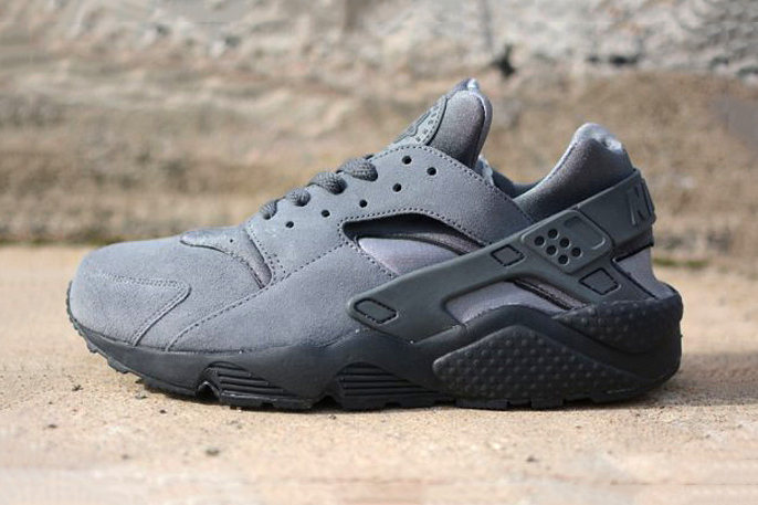 nike-air-huarache-le-cool-grey-1