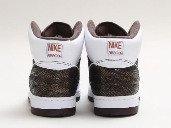 nike-air-python-baroque-brown-release-date-03-570x425