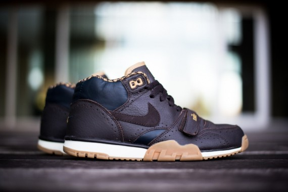 nike-air trainer 1 mid-brogue