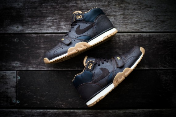 nike-air trainer 1 mid-brogue_04