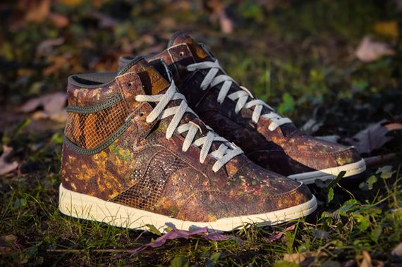 packer shoes-saucony-hangtime-woodland snake