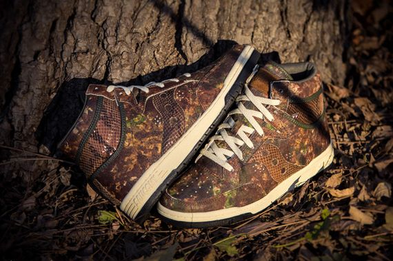 packer shoes-saucony-hangtime-woodland snake_08