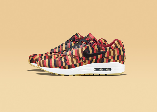 AIR_MAX_1_BLK_POM_profile-15918_Lo_large