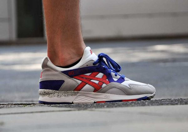 asics gel lyte v - white / fiery red / purple
