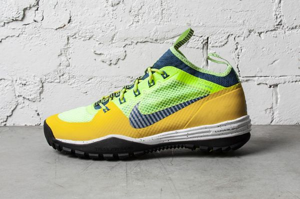 NIKE-ACG-LUNAR-INCOGNITO-BRIGHT-CITRON-MILITARY-BLUE-VOLT-3