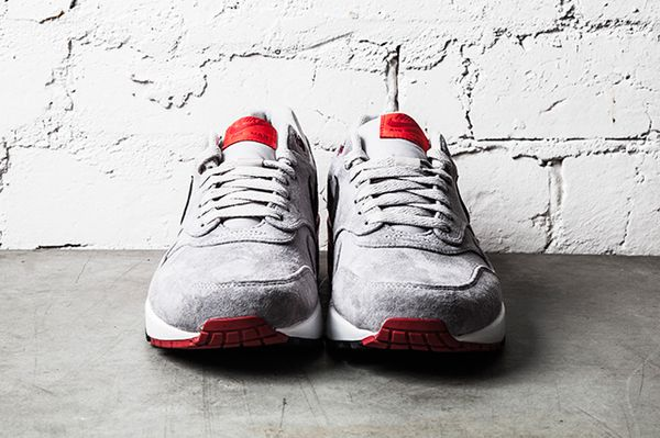 NIKE-AIR-MAX-1-PREMIUM-GREY-RED-1