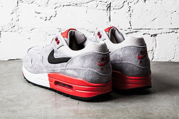 NIKE-AIR-MAX-1-PREMIUM-GREY-RED-3