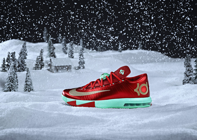 Nike_BBall_XMAS_KDVI_HERO_SNOW_large