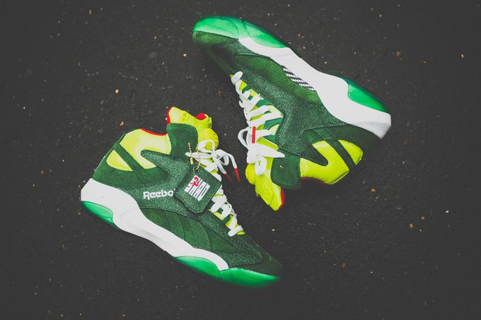 Reebok_Shaq_Attack_Christmas_Grinch_Sneaker_Politics10_1024x1024_result