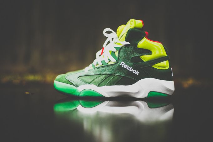 Reebok_Shaq_Attack_Christmas_Grinch_Sneaker_Politics2_1024x1024_result