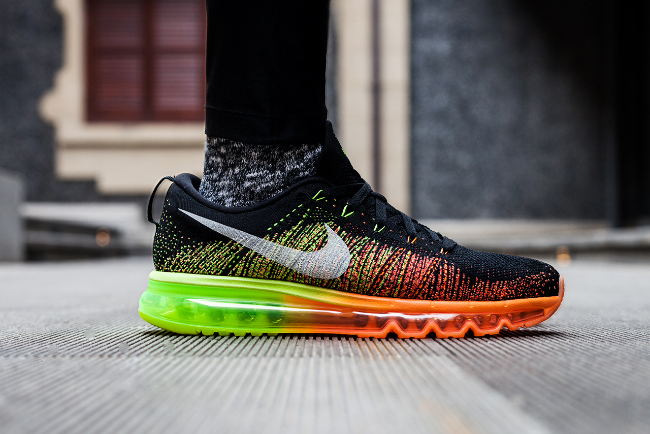 a-closer-look-of-nike-flyknit-air-max-1