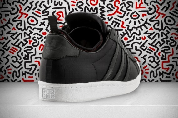 adidas-run-dmc-christmas-in-hollis-03-570x380