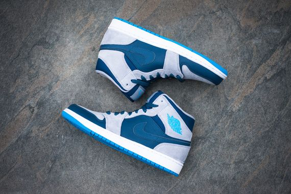 air jordan-1-mid-slate-powder_06