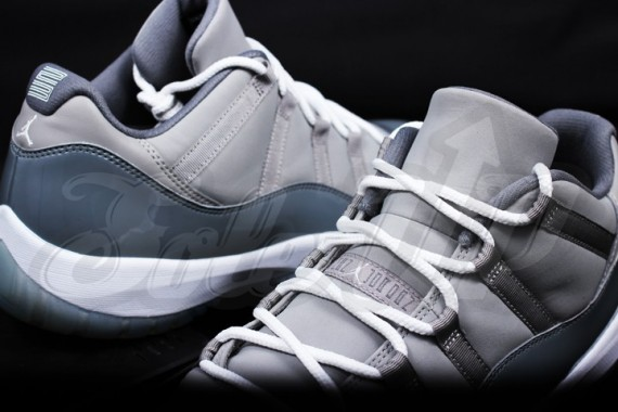 air-jordan-11-low-cool-grey-4-570x380