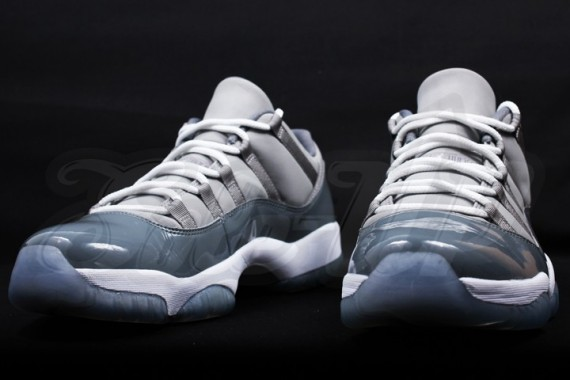 air-jordan-11-low-cool-grey-9-570x380