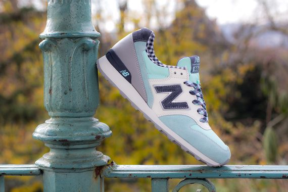 new balance-women-996-gingham_06