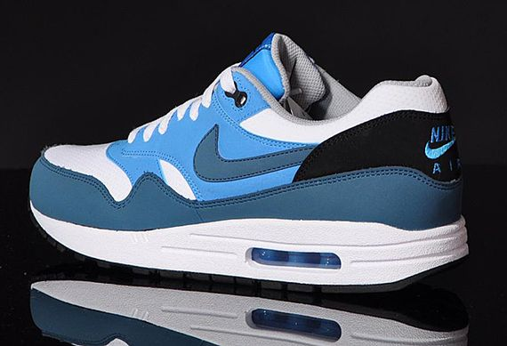 nike-air max 1-essential-night factor_03