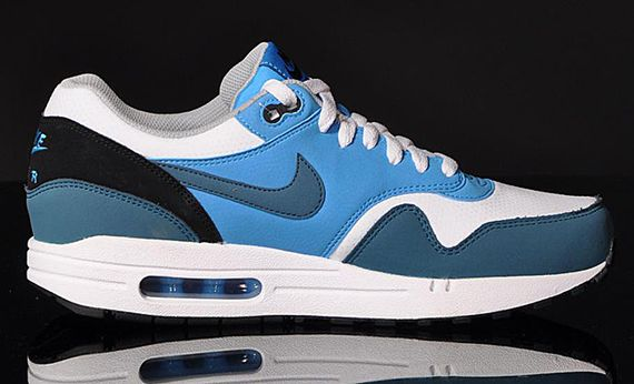 nike-air max 1-essential-night factor_04