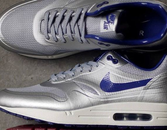 nike-air max 1-night track_02