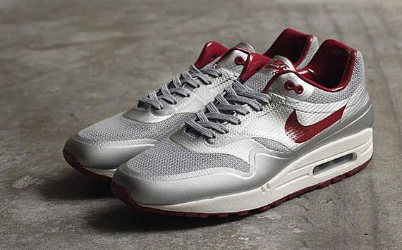 nike-air max 1-night track_05