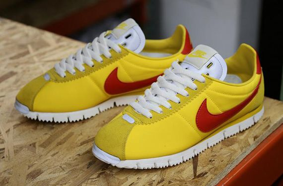 nike-cortez nm-yellow-gamma orange