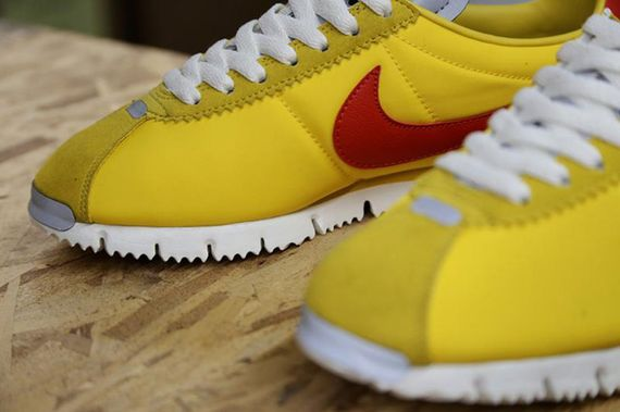 nike-cortez nm-yellow-gamma orange_02