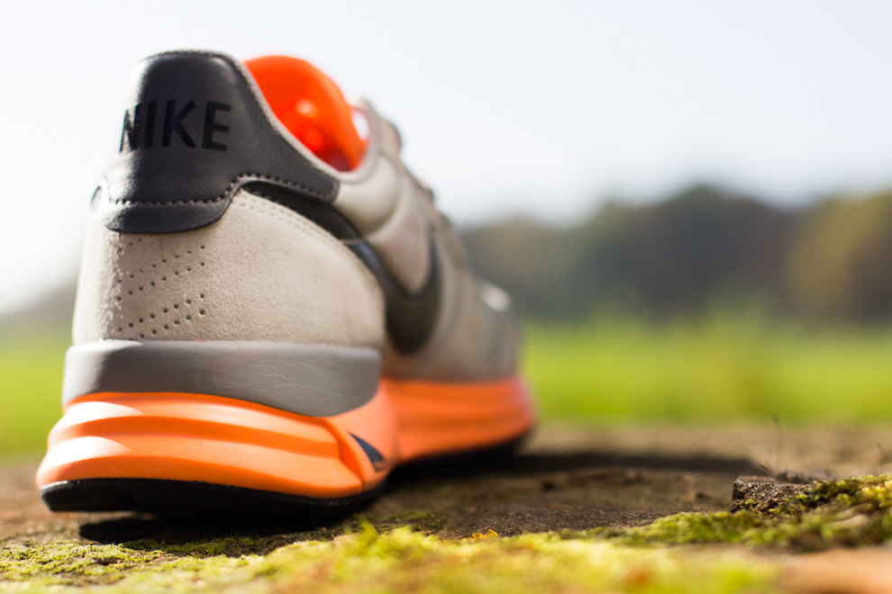 nike-lunar internationalist-atomic orange_02