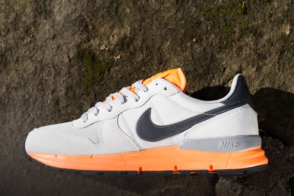 nike-lunar internationalist-atomic orange_05