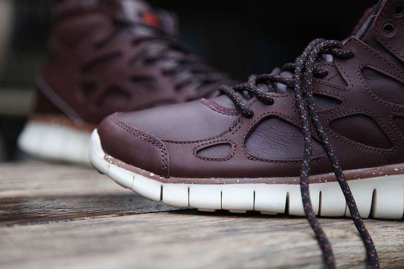 nike-sneakerboot-free run 2-barkroot brown