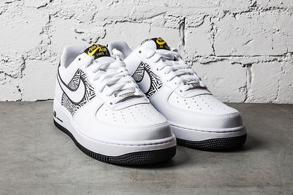 NIKE-AIR-FORCE-1-TRIBAL-TOUR-YELLOW-2