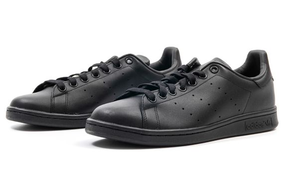 adidas-stan smith-triple black_03
