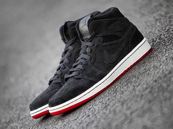 air-jordan-1-mid-black-suede-red-1