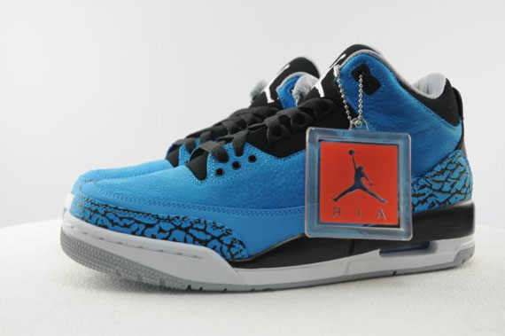 air-jordan-3-dark-powder-blue-available-early-on-ebay-01