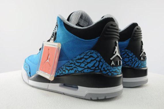 air-jordan-3-dark-powder-blue-available-early-on-ebay-03