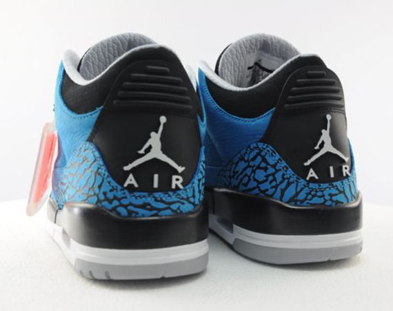 air-jordan-3-dark-powder-blue-available-early-on-ebay-04