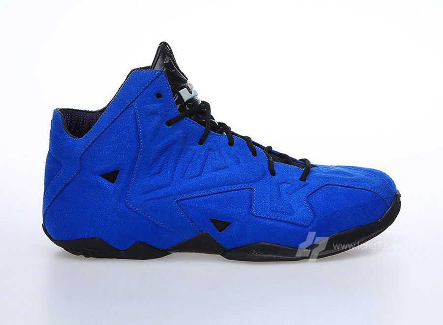 blue-suede-nike-lebron-11-ext-1