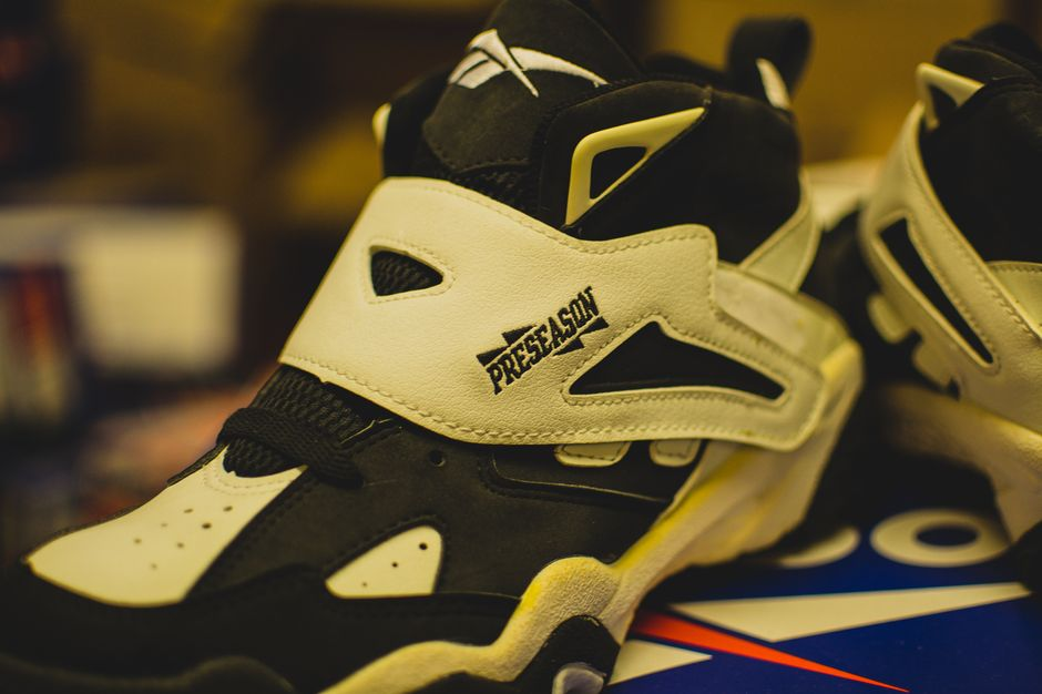 modern-notoriety-vintage-shoes-sneakers-digging-secret-undisclosed-rare-old-nike-air-adidas-reebok-fila-display_148