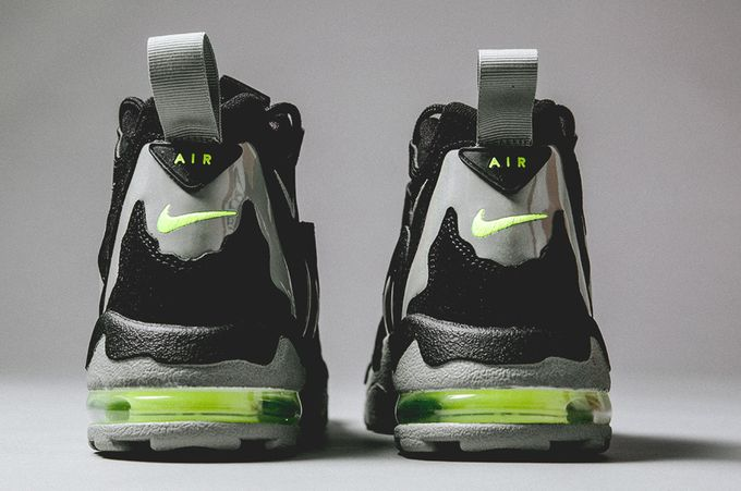 nike-air-diamond-turf-mica-green_02_result