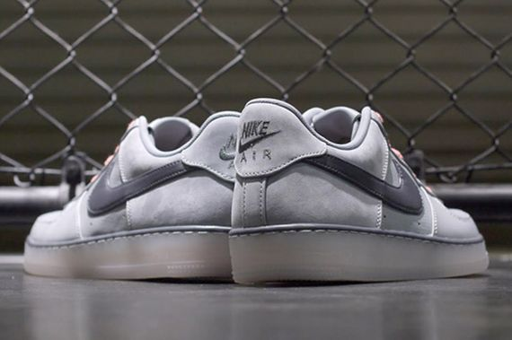 nike-air force 1 downtown-silver-atomic orange