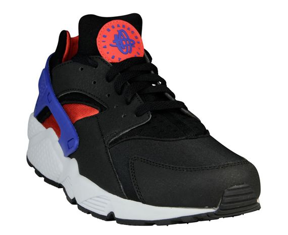 nike-air huarache-black-royal-crimson