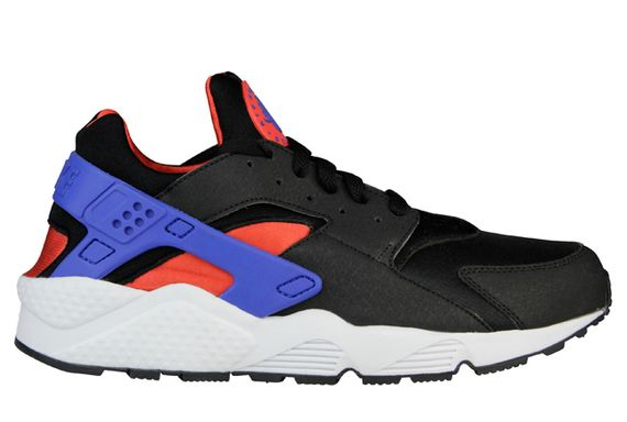nike-air huarache-black-royal-crimson_04