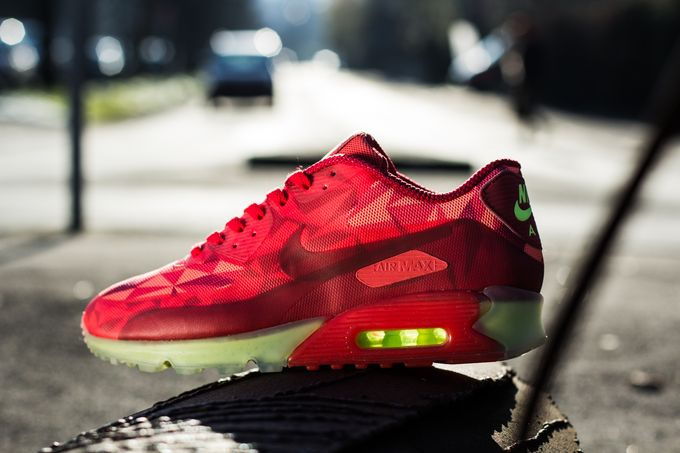 nike-air-max-90-ice_04_result