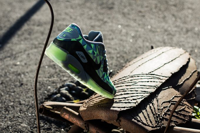 nike-air-max-90-ice_06_result
