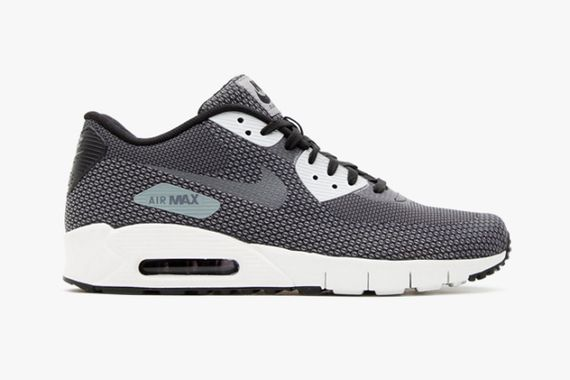 nike-air-max-90-jacquard-blackcool-grey-dark-grey-summit-white-01-630x420_result