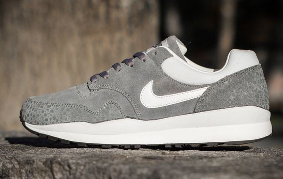 nike-air safari-leather_02